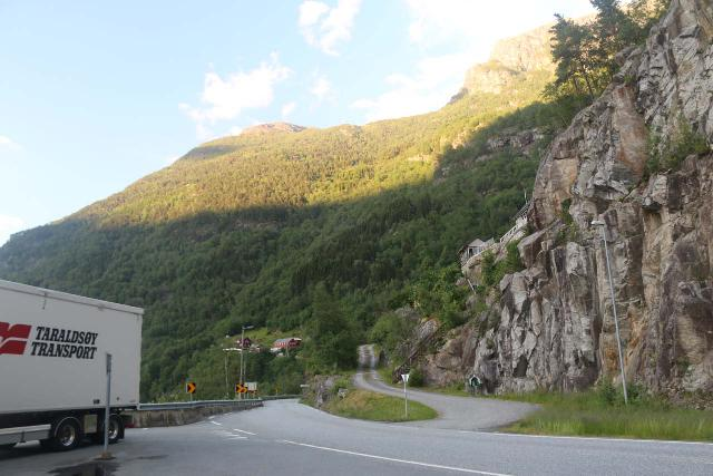 AEdnafossen_025_06232019 - As you can see in this picture, there seemed to be enough room for a truck to pull over here and for me to do a full circular turn, which was really rare on the narrow Norwegian roads.  That's why I felt it was the safest here to start the Ædnafossen experience on foot