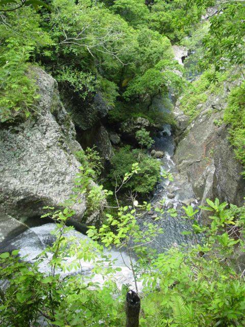 Abaca_022_12252005 - Looking down over Vereni Falls