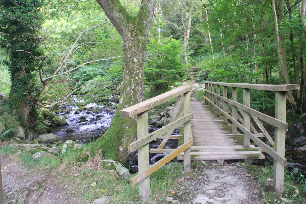 Crossing a bridge at the start of the trail from the Upper Car Park
