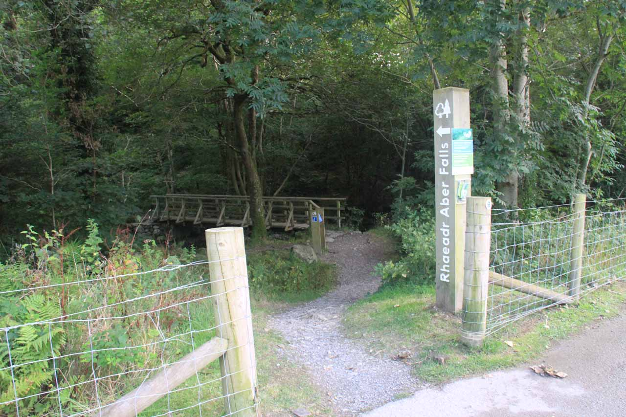 Crossing over the narrow bridge over the Afon Rhaeadr Fawr to go towards the Upper Car Park