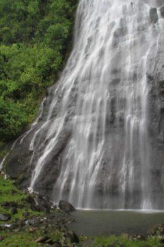 Afareaitu_Waterfalls_031_20121219