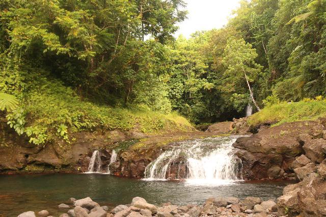 Afu_Aau_Falls_044_11142019 - The intermediate drop of the Afu Aau Waterfalls