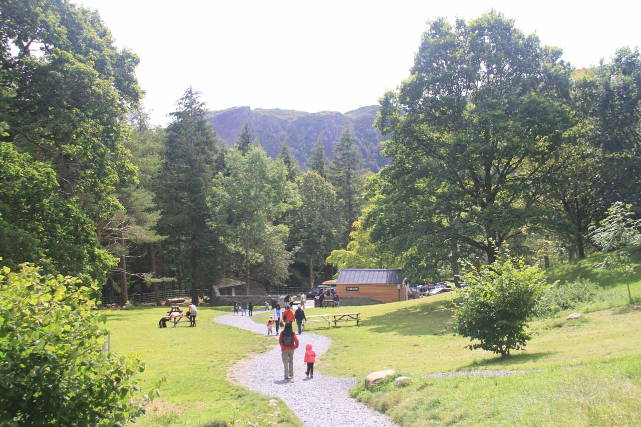 Julie and Tahia returning to the car park for Aira Falls
