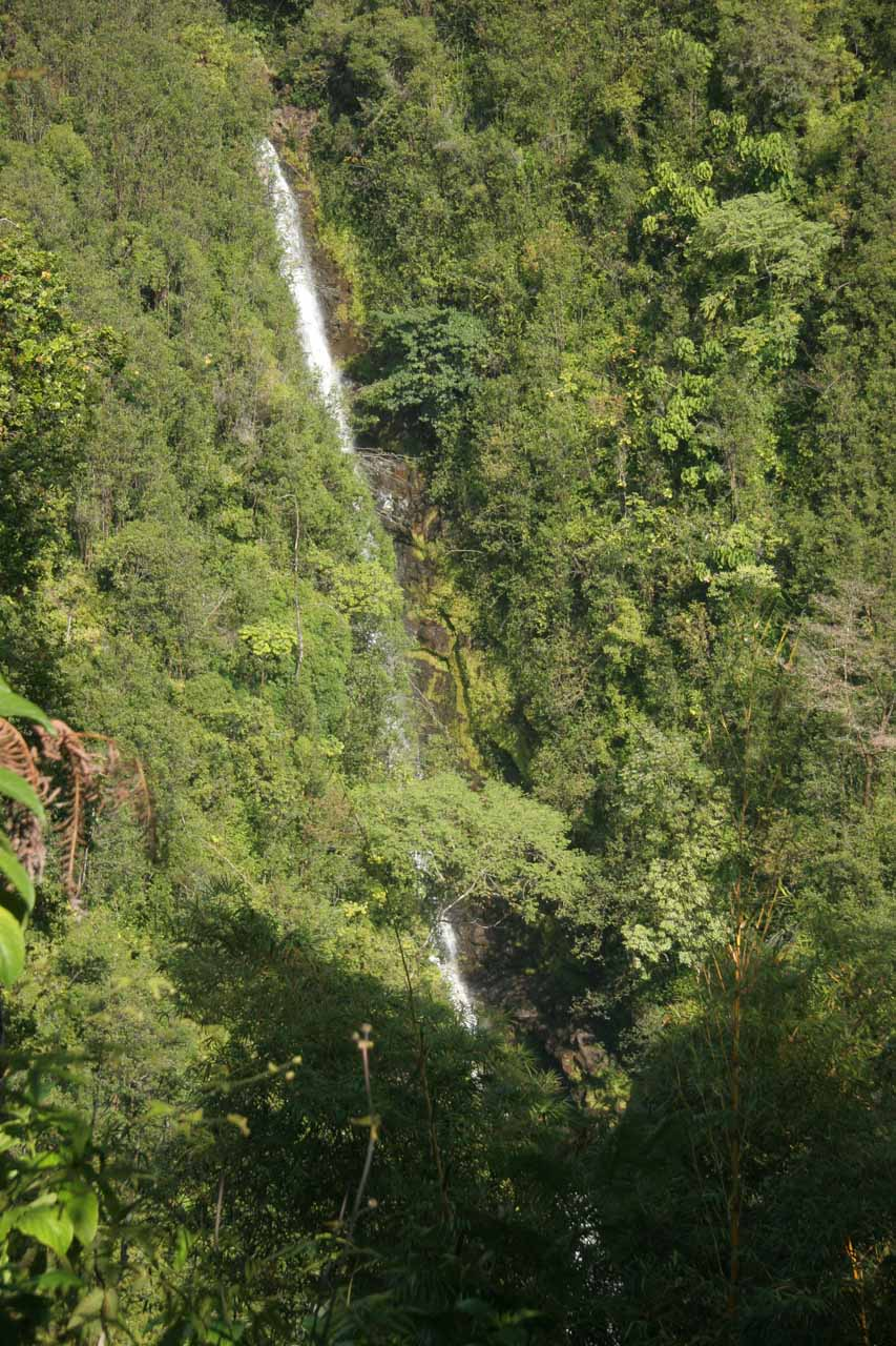 Kahuna Falls - the other waterfall in Akaka Falls State Park
