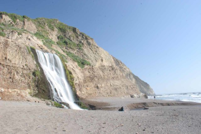 Alamere_Falls_112_04082010 - Alamere Falls and the coarse sand beach