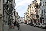 Alesund_017_07172019 - Julie and Tahia walking in the sentrum in Alesund