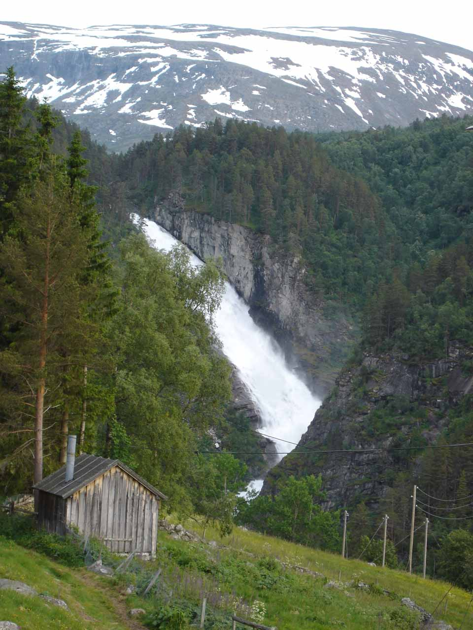 At the second car park where Julie got this view of Reppdalsfossen