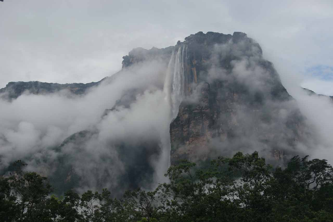 As suddenly as the clouds parted, the clouds then started to shroud the falls again