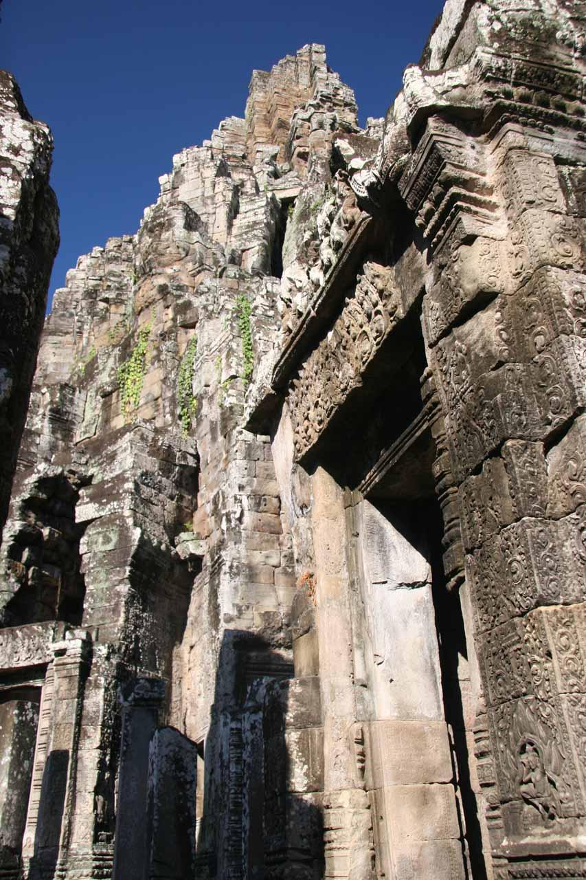 More impressively tight ruins at the Angkor Thom