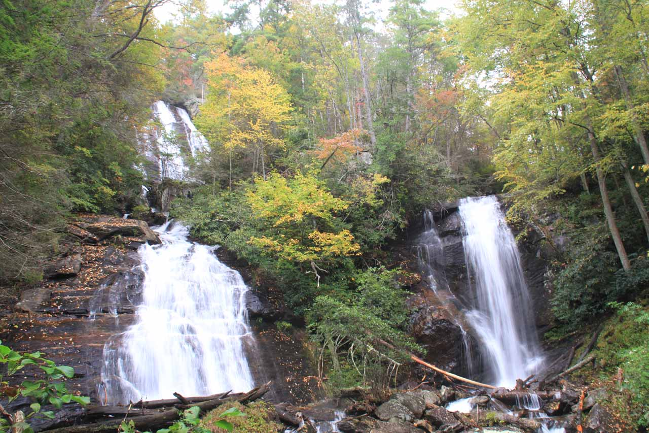 Closer look at Anna Ruby Falls