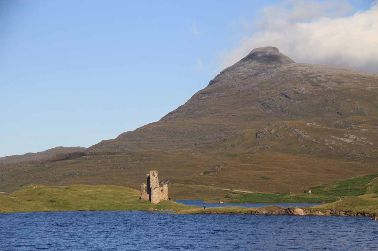 About 37 miles north of Corrieshalloch Gorge was the beautifully-situated ruins of Ardvreck Castle.  Little did I realize that there was also a waterfall there.