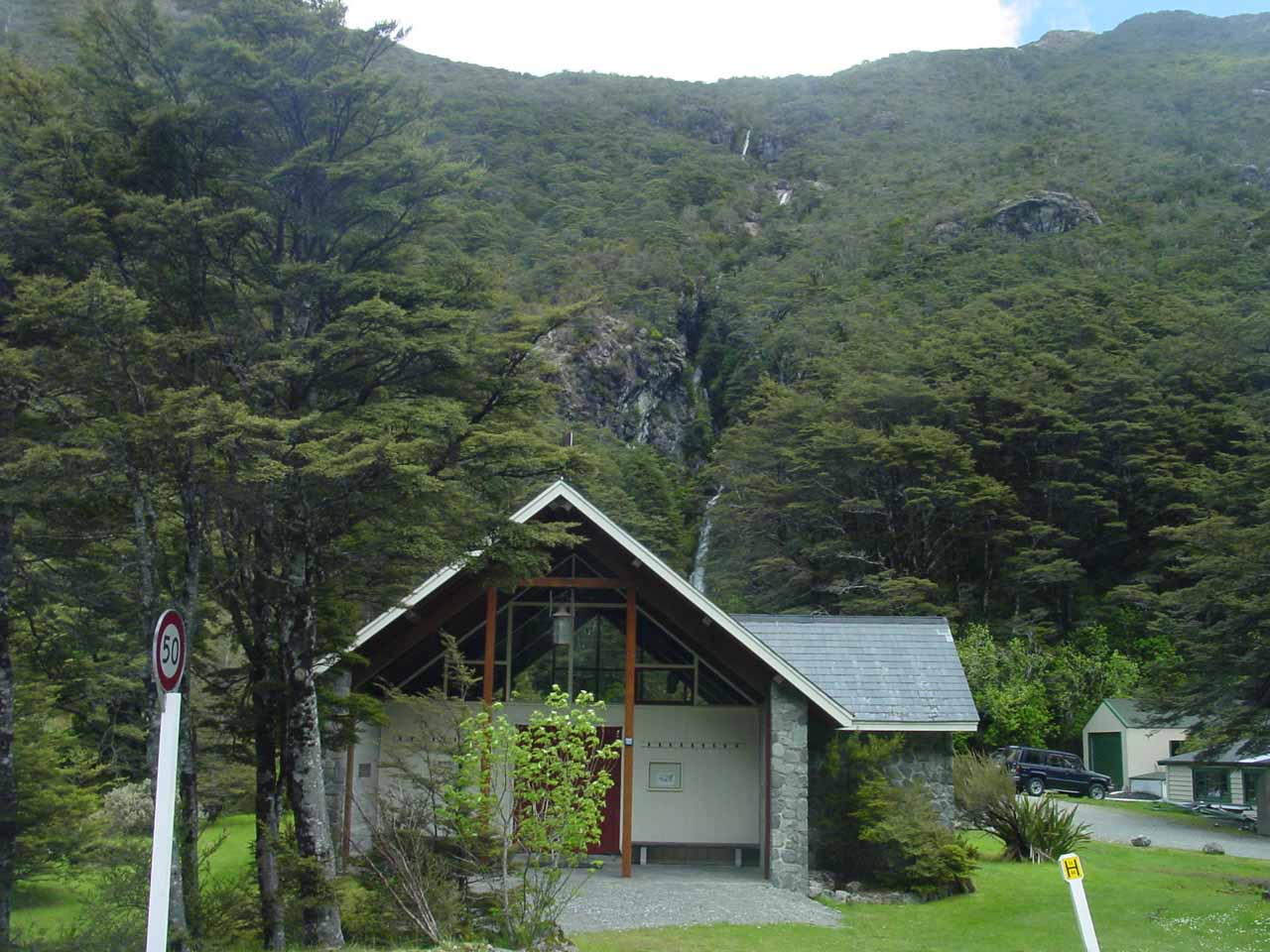 Looking towards Avalanche Creek Falls sitting right behind this DOC building in Arthur's Pass Village