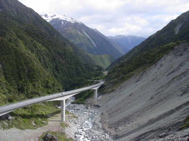 Arthurs_Pass_026_11212004 - Looking back at the impressive but costly cantilevered (elevated) Otira Viaduct, which was another bit of engineering needed to make the Christchurch-Greymouth supply route viable
