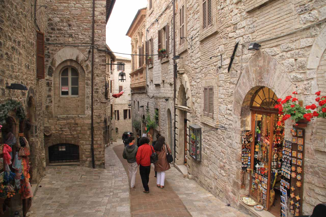More charming cobblestone streets of Assisi