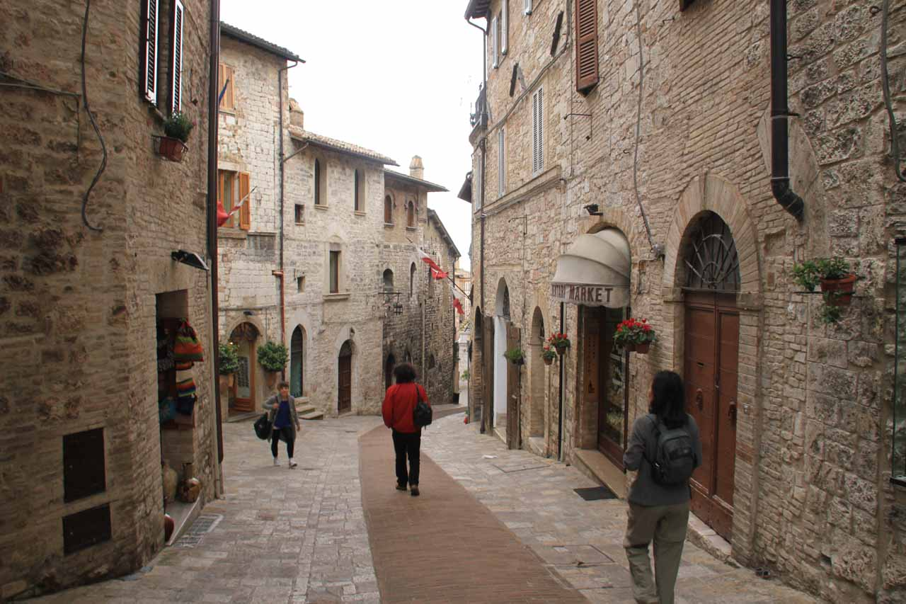 And still more charming cobblestone streets we were wandering amongst in Assisi