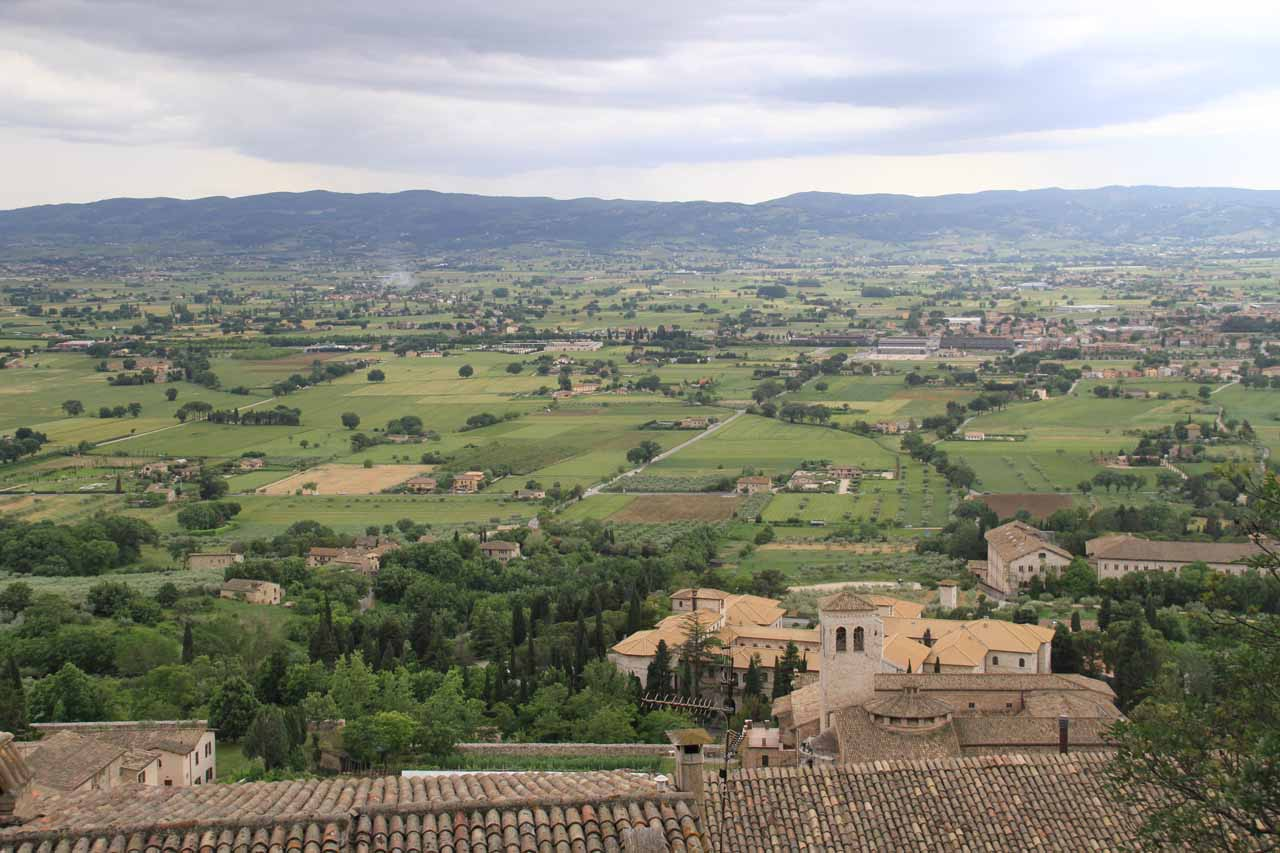 More gorgeous vistas of the surrounding lands outside Assisi