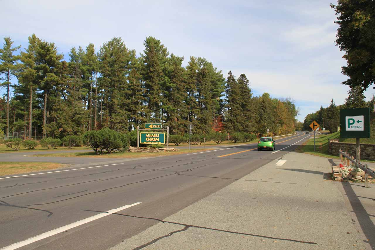 Looking north along US Hwy 9 as I was walking towards the bridge over Ausable Chasm