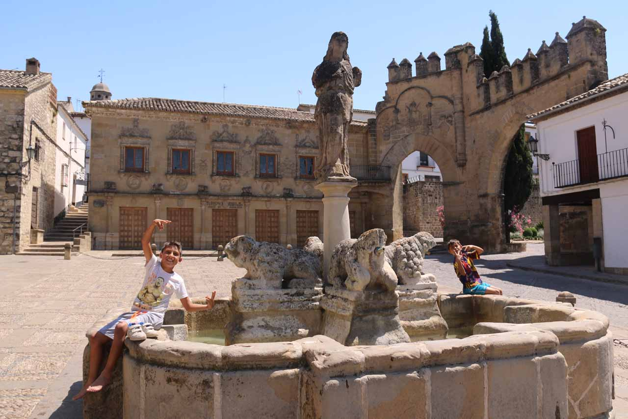 The lion fountain at the Plaza de Populo