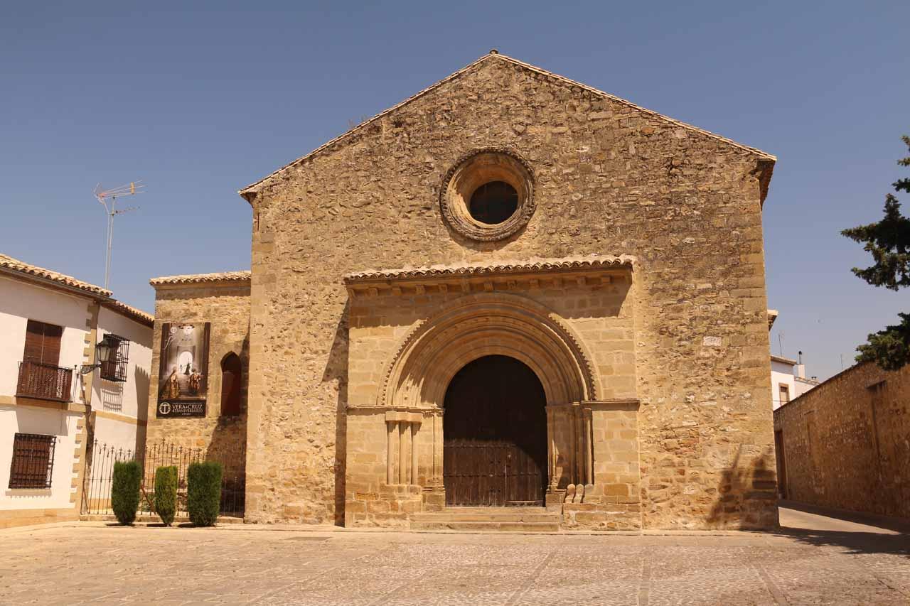 Checking out the Iglesia Santa Cruz