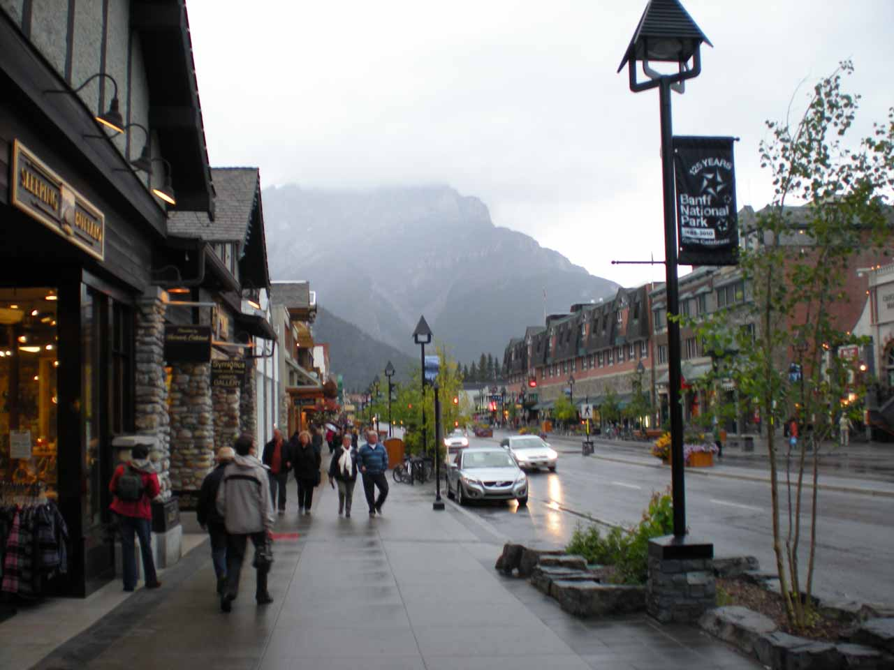 A rainy evening in Banff Town
