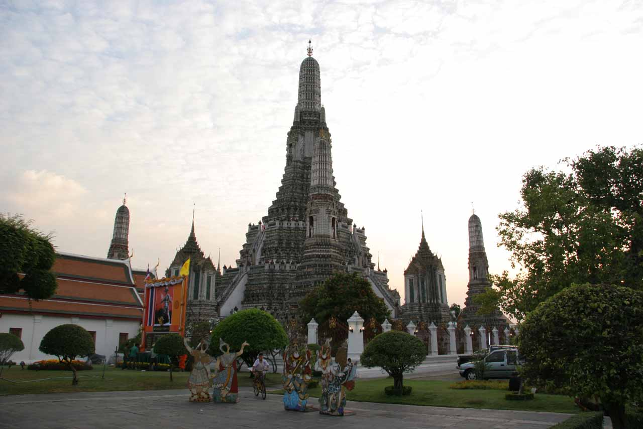 Looking towards Wat Arun fronted by a cardboard cutout that we ended paying for