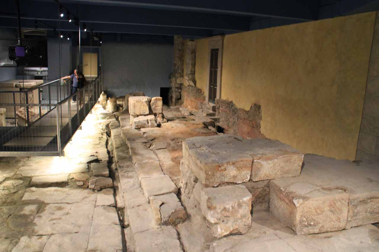 Looking at some of the Roman ruins within the Roman Baths