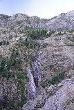Bear_Creek_Falls_Ouray_034_10162020 - Vertical look back towards the thin stream across from Bear Creek Falls along the Million Dollar Highway