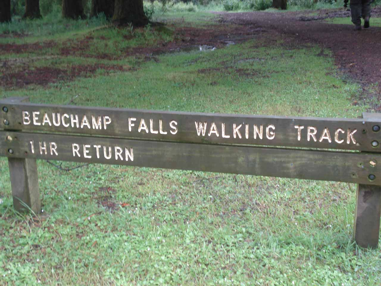 Sign telling us what we were signed up for in order to reach Beauchamp Falls