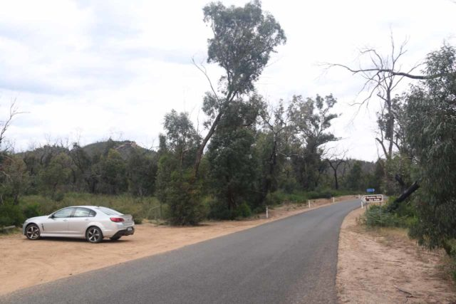 Beehive_Falls_003_11142017 - The trailhead car park for the Beehive Falls Track