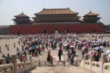 Beijing_212_05192009 - Crowd at Forbidden City