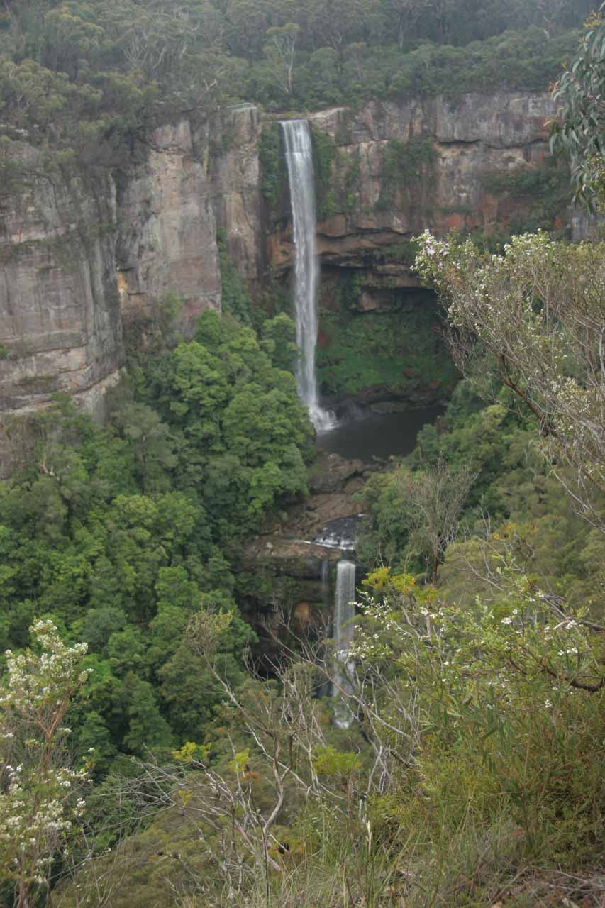 More direct view of Belmore Falls from the other lookout