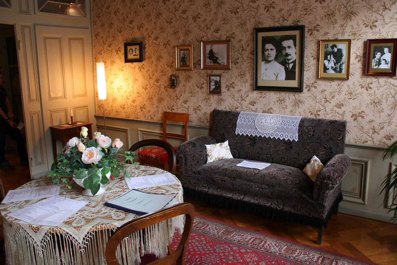 Einstein's Apartment