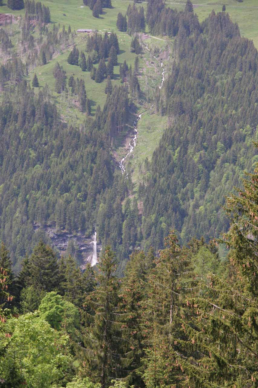 Partial view of some waterfall going into Lauterbrunnen Valley