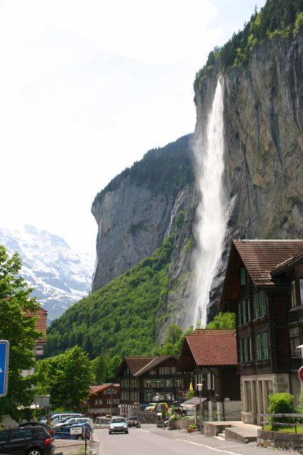 Bernese_Oberland_281_06082010 - Context of Staubbach Falls towering over the village of Lauterbrunnen