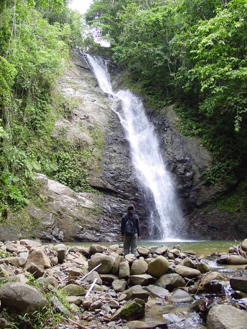 At the Biausevu Waterfall at last