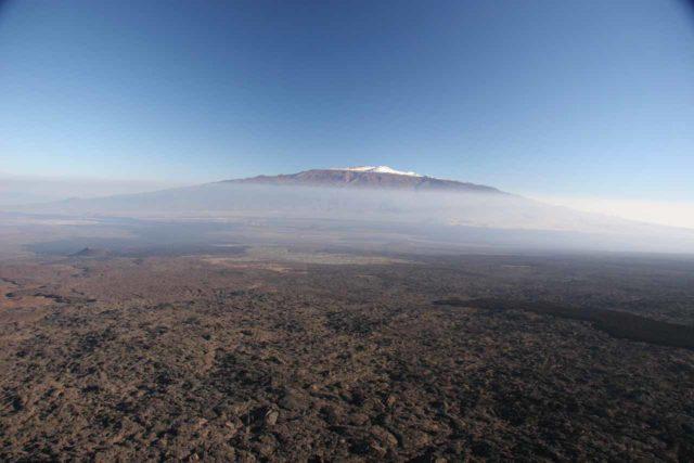 Big_Island_Heli_Paradise_027_02222008 - Snow atop what I think is Mauna Loa