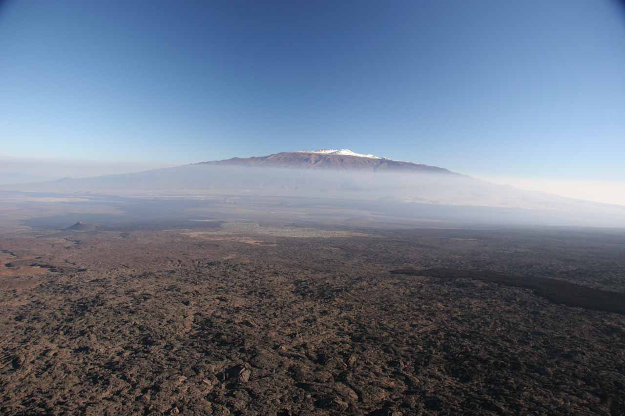 Snow atop what I think is Mauna Loa