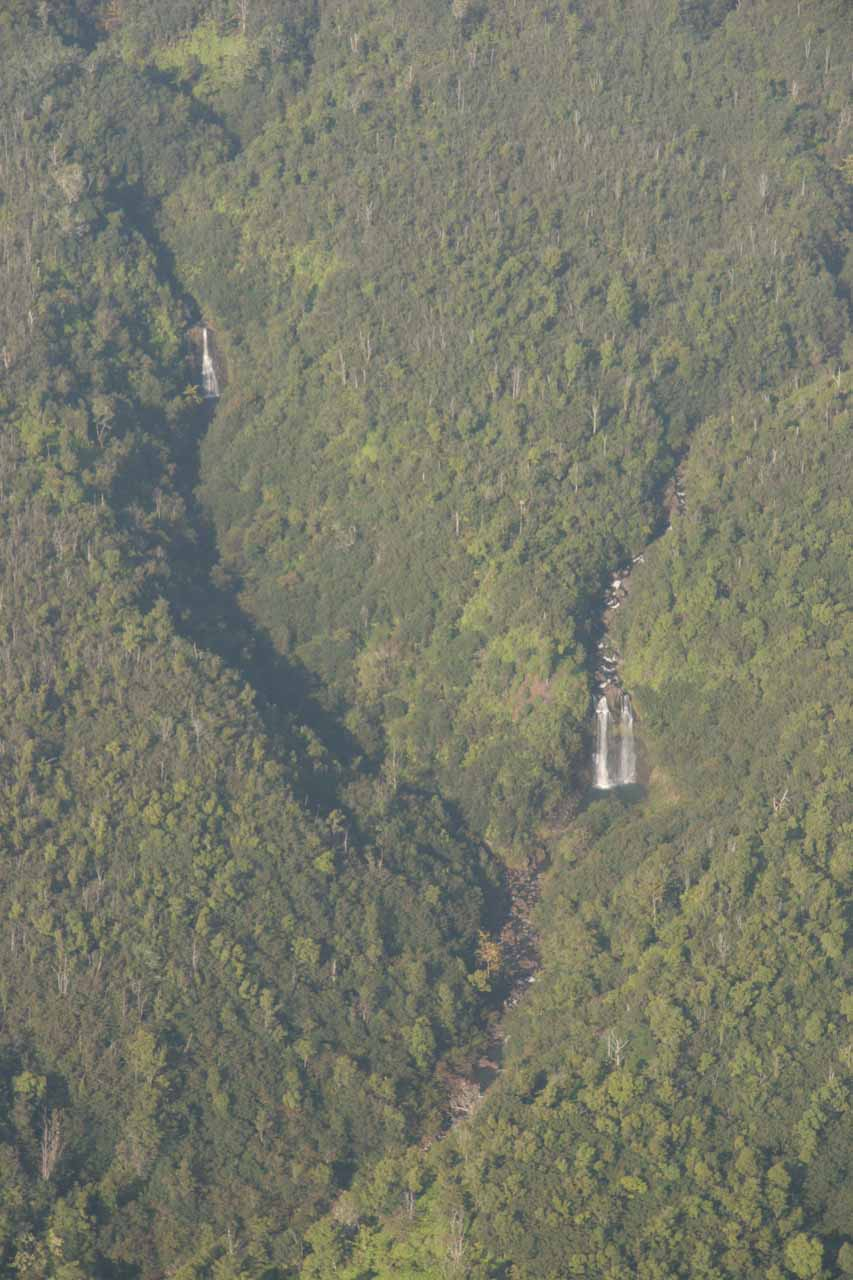 More waterfalls north of Hilo