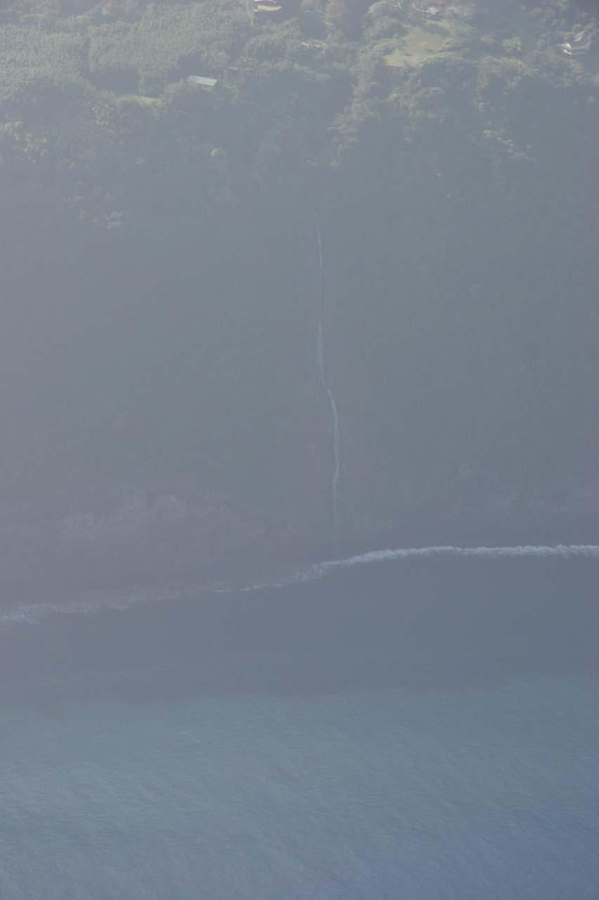 The full height of Waiulili Falls