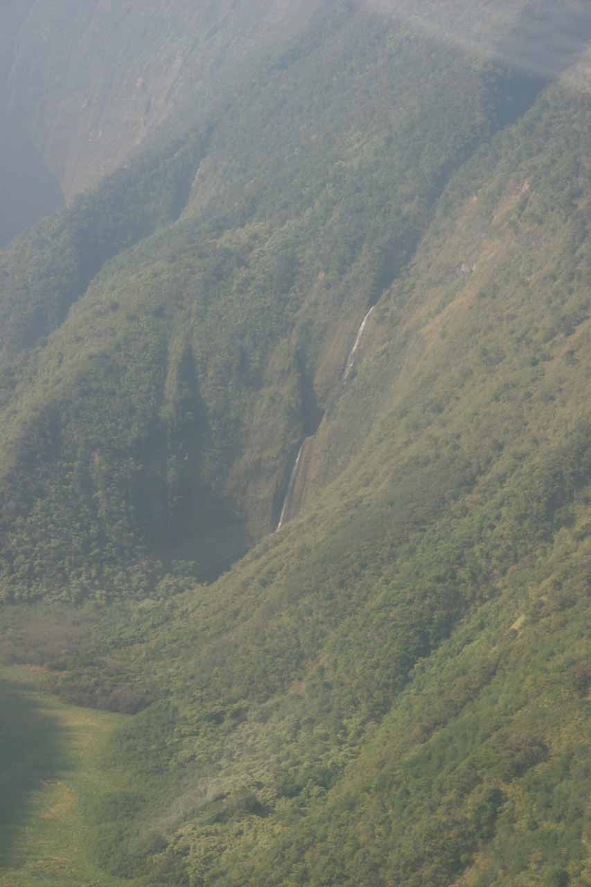 Approaching a waterfall in Waimanu Valley