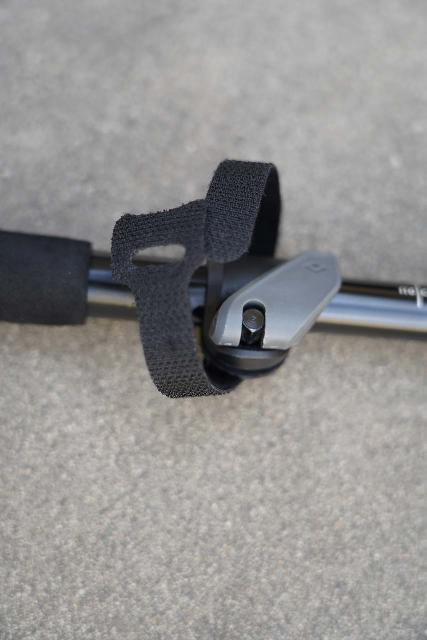 Close-up look at the included velcro that I use to control the trekking pole's tendency to 'angle away' when collapsed, but that velcro is very easy to lose and it adds to the setup time