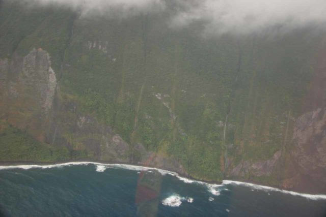 Blue_Hawaiian_Maui_Heli_152_02252007