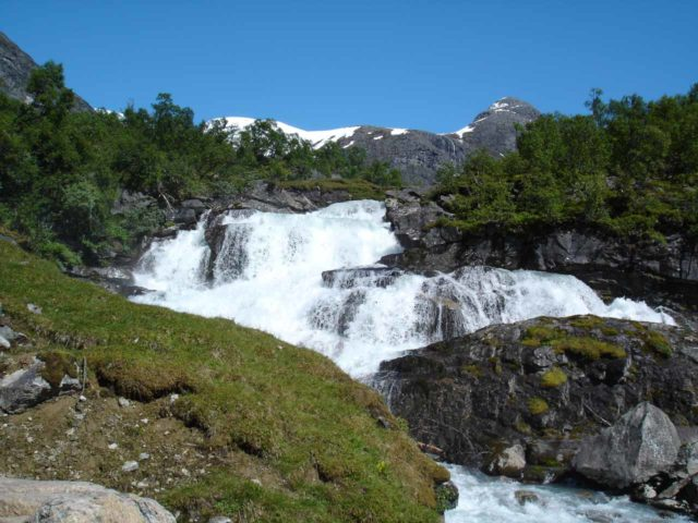 Bodalen_006_jx_06302005 - This waterfall could be Huldrefossen, which was just upstream of Høysteinfossen