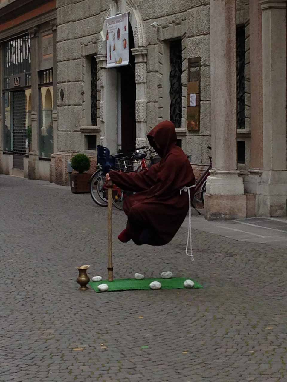 The levitating man we saw in Bolzano.  How does he do it?