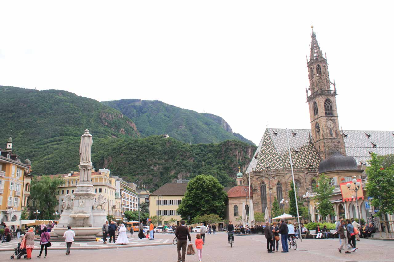 Piazza Walther with the gothic church to the right
