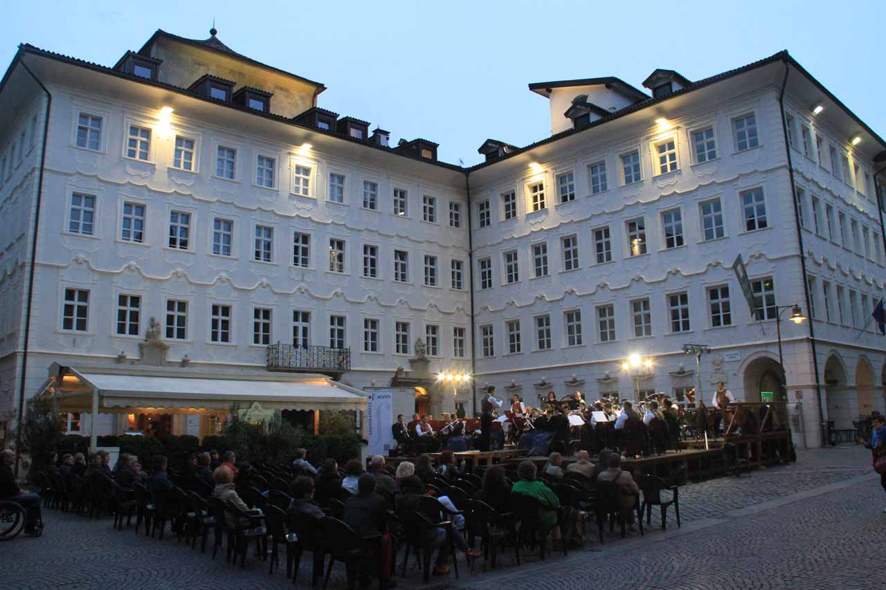 A live orchestral performance just outside the Residence Fink
