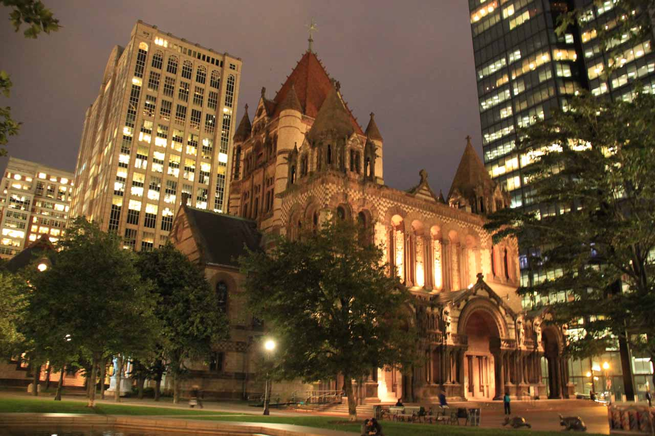 Context of the Old Trinity Church at night