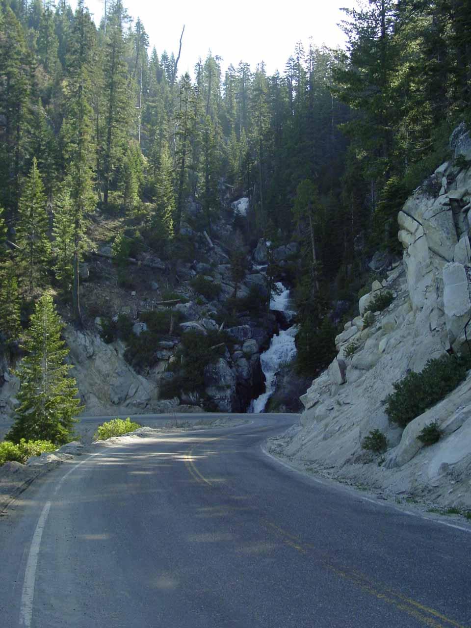 Walking along Hwy 190 towards Boulder Creek Falls