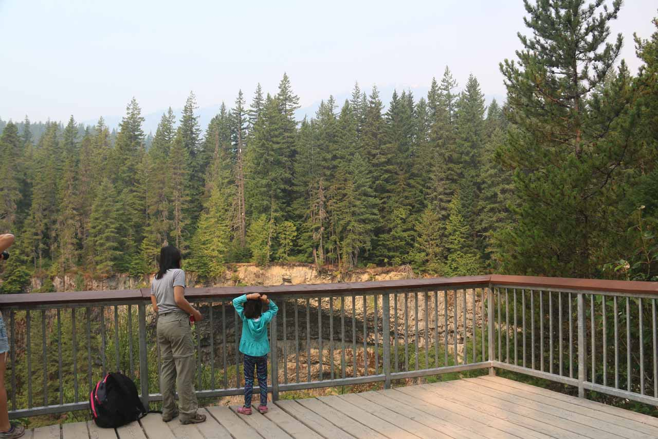 Julie and Tahia checking out Brandywine Falls from the lookout deck