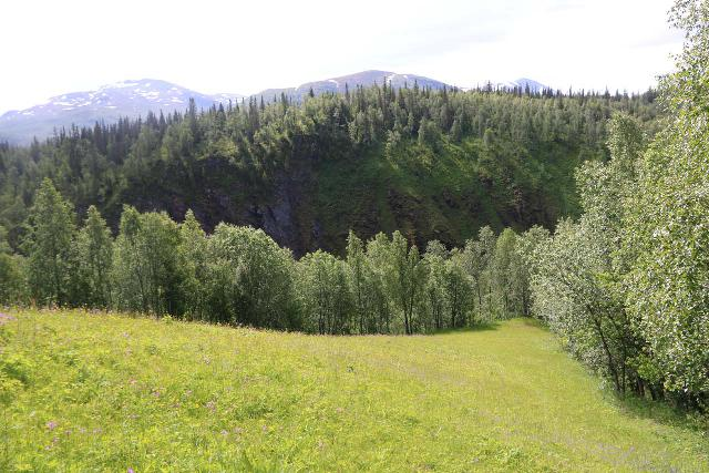 Bredekfossen_176_07092019 - The steep grassy slope beneath the Bredek Farm pastures, where there was a faint scrambling path at the very bottom